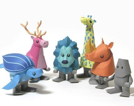 Tetsuya Watabe de la Kamimodel - jucării din hârtie.